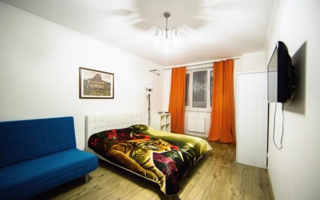 Гостиница Kubanskaya Naberezhnaya 64 в Краснодаре отзывы, цены и фото номеров - забронировать гостиницу Kubanskaya Naberezhnaya 64 онлайн Краснодар комната для гостей