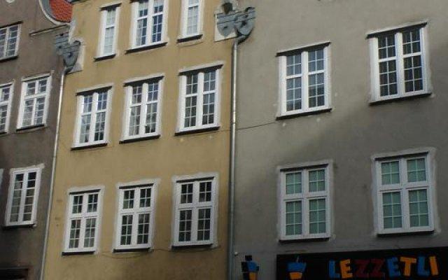 Отель Gdańskie Apartamenty - Apartament Gdańskie Poddasza вид на фасад