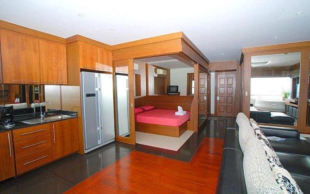 Отель Patong Tower Holiday Rentals комната для гостей