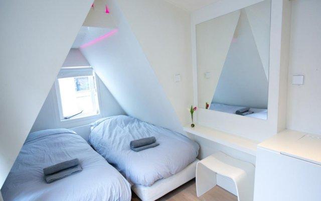 Отель Sweet Life Centre Area Apartment Нидерланды, Амстердам - отзывы, цены и фото номеров - забронировать отель Sweet Life Centre Area Apartment онлайн комната для гостей