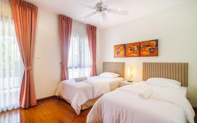 Отель Luxury villa in Laguna Village by Indreams комната для гостей