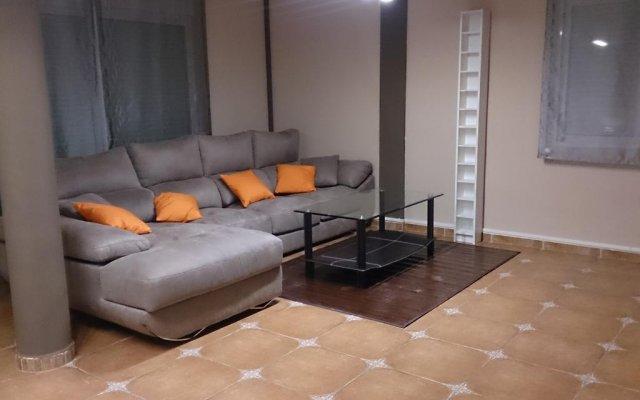Отель Chalet Benidorm Ла-Нусиа комната для гостей