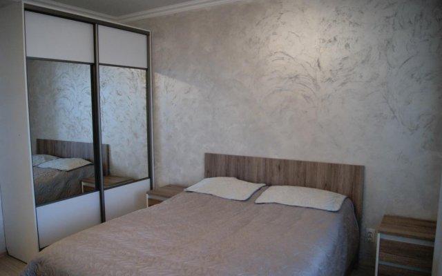 Отель Prospekt Obukhovskoy Oborony 110 1 Санкт-Петербург комната для гостей