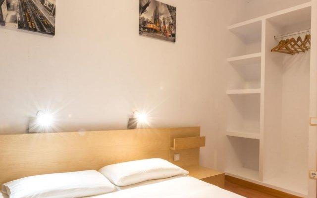 Отель La Fira комната для гостей
