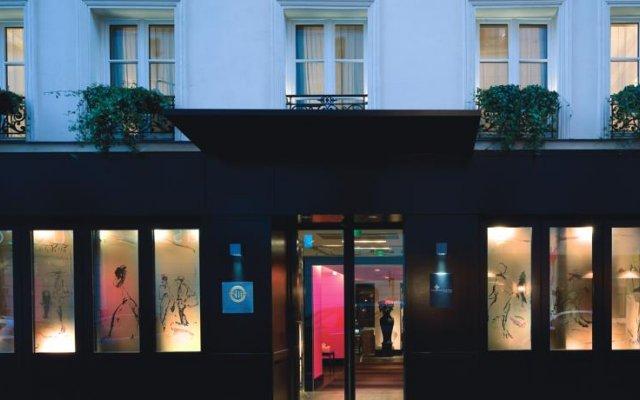 Отель Les Jardins De La Villa Париж вид на фасад