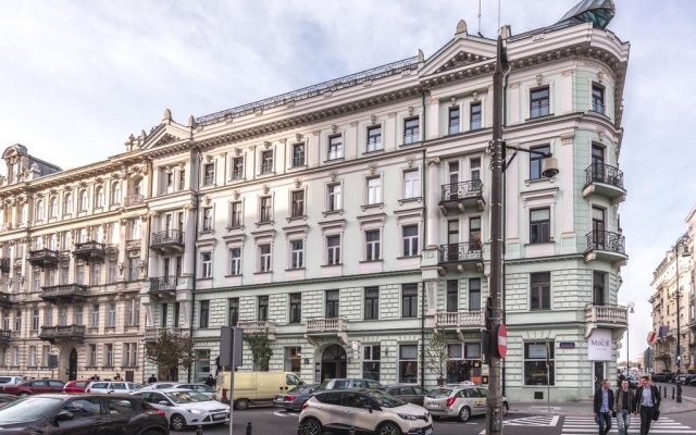 Mish Mash Nowogrodzka - Hostel вид на фасад
