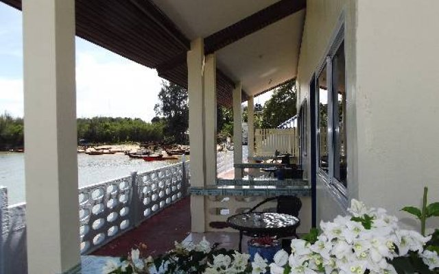 Отель Fiji Palms Phuket Таиланд, Пхукет - отзывы, цены и фото номеров - забронировать отель Fiji Palms Phuket онлайн вид на фасад