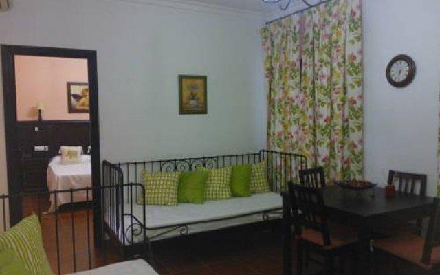 Отель Apartamentos Turisticos Casa Cantillo комната для гостей