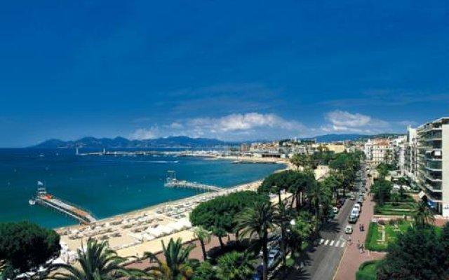 Novotel Suites Cannes Centre 0