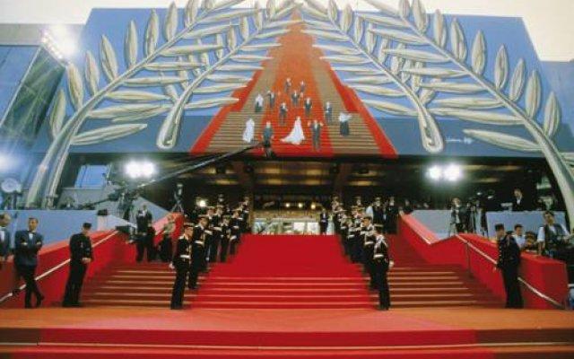Novotel Suites Cannes Centre 2