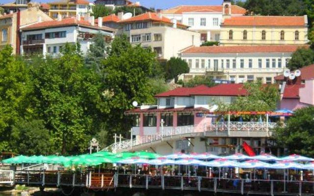 Отель Vila Dionis вид на фасад