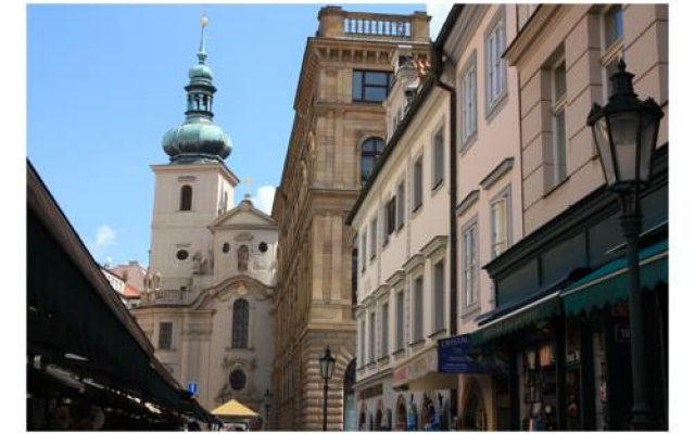 Отель Prague Golden Age Прага вид на фасад