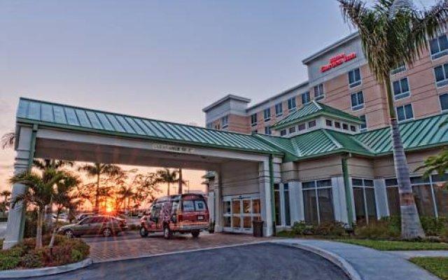 Amazing Hilton Garden Inn Fort Myers Airport/FGCU