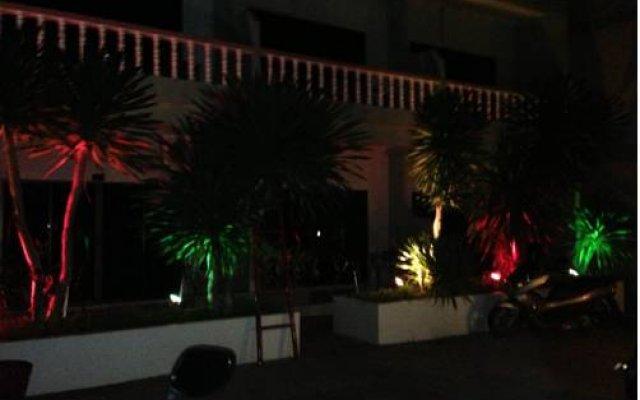 Basilico Hotel & Restaurant вид на фасад