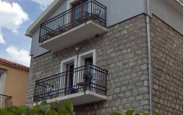 Апартаменты Apartments Aleksic Old Town вид на фасад