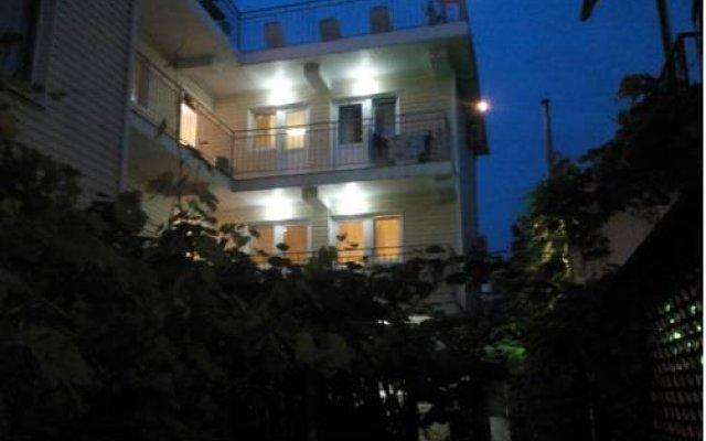 Гостевой дом Joy вид на фасад