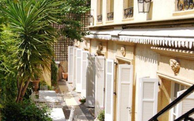 Ruc Hôtel Cannes 0