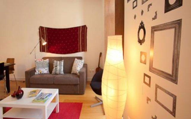 Отель Traveling To Lisbon Graca Apartments Португалия, Лиссабон - отзывы, цены и фото номеров - забронировать отель Traveling To Lisbon Graca Apartments онлайн комната для гостей