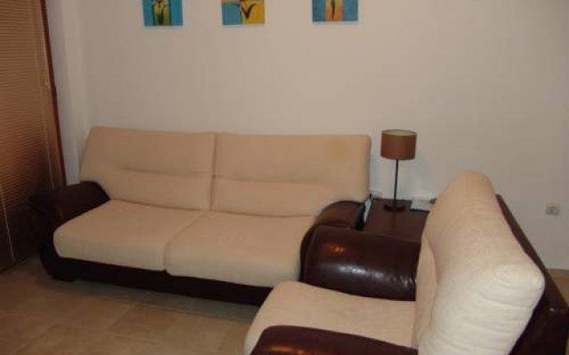 Отель Apartcomplex Villa Bella Равда комната для гостей