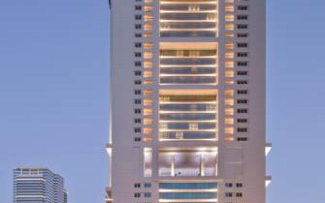 Отель Боннингтон Джумейра Лейкс Тауэрс вид на фасад