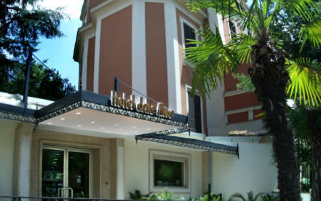 Hotel Delle Muse вид на фасад