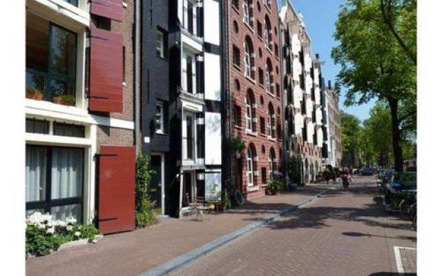 Апартаменты Amsterdam Center Romance Apartment вид на фасад