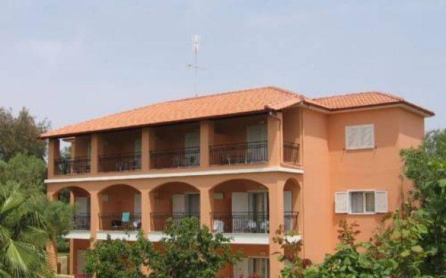 Aloni Hotel вид на фасад