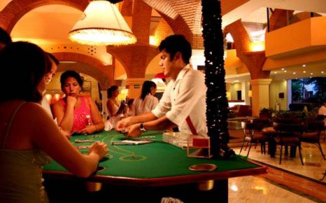 Puerto vallarta casino poker online blackjack card counting