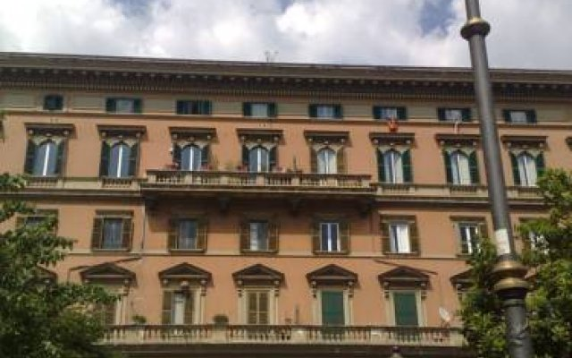 Inncentral Rome Rome - Reviews, Photos & Offers