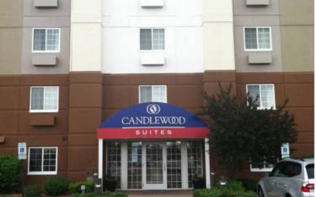 Candlewood Suites Chicago-O'Hare 0