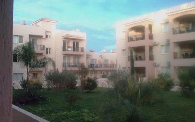 Апартаменты Royal Seacrest Apartments вид на фасад