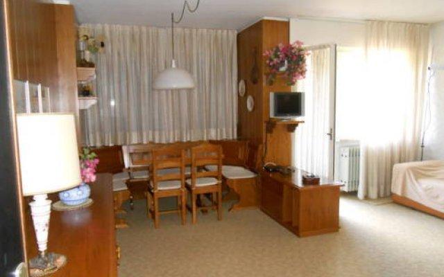 Отель Bilocali Serafini Пинцоло комната для гостей