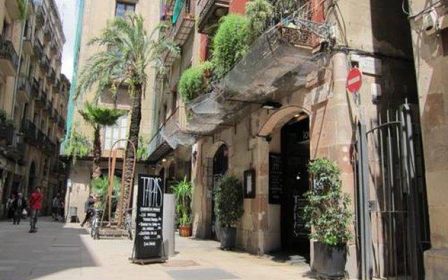 Отель SSG Borne Lofts Испания, Барселона - отзывы, цены и фото номеров - забронировать отель SSG Borne Lofts онлайн вид на фасад
