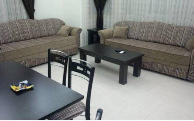 Апартаменты Waterside Apartment комната для гостей
