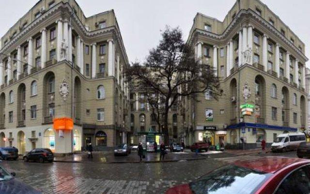 Hostel Pushkin вид на фасад