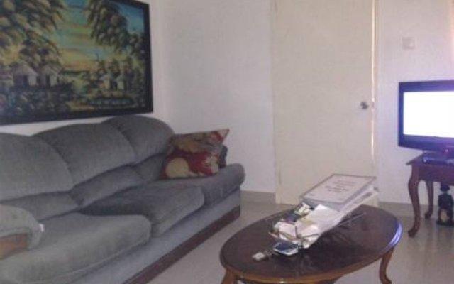 Отель My-Places Montego Bay Vacation Home комната для гостей