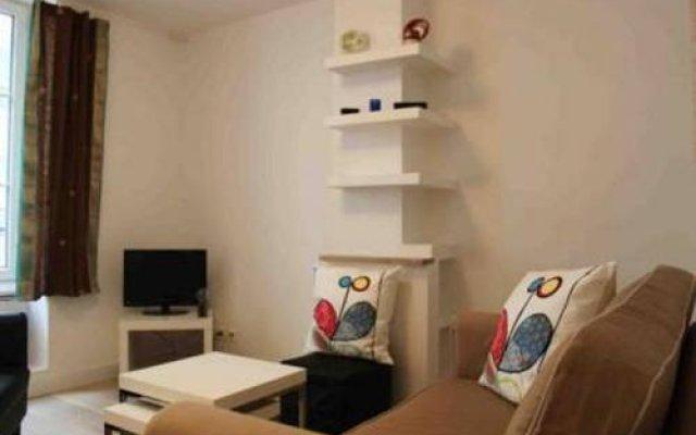 Апартаменты Montmartre Apartments Valadon Париж комната для гостей