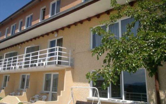 Balani Family Hotel вид на фасад