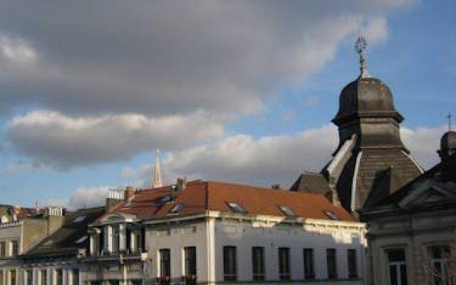 Отель L'appart Anspach вид на фасад