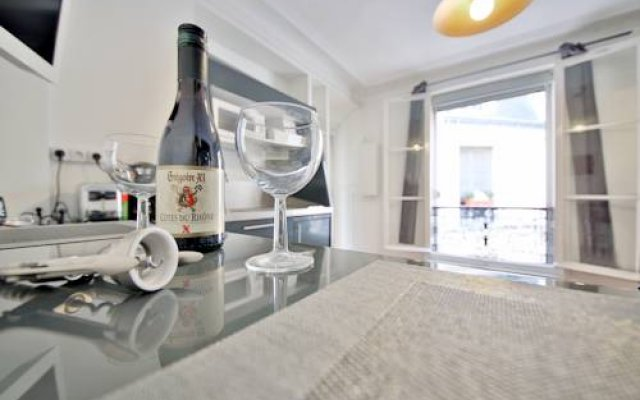 Апартаменты Apartment Saint Germain - Luxembourg Париж в номере