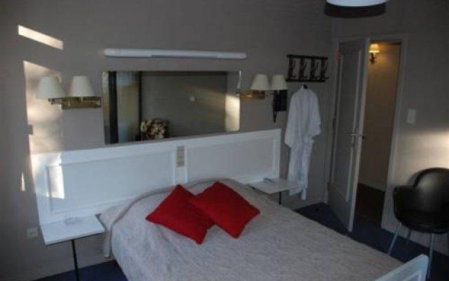 Hotel Du Commerce комната для гостей