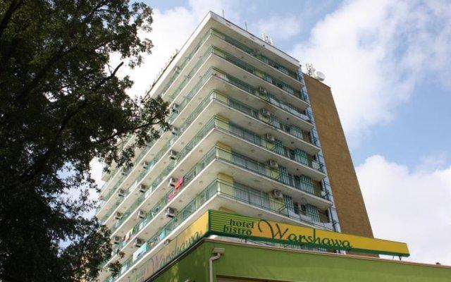 Отель Sunny Varshava Hotel Болгария, Золотые пески - 1 отзыв об отеле, цены и фото номеров - забронировать отель Sunny Varshava Hotel онлайн вид на фасад