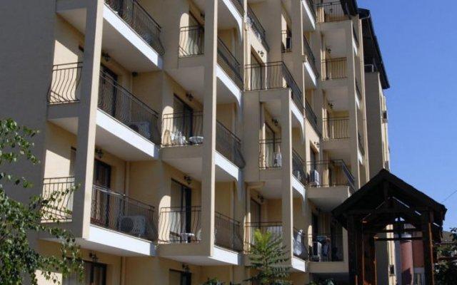 Отель Aparthotel Rose Village