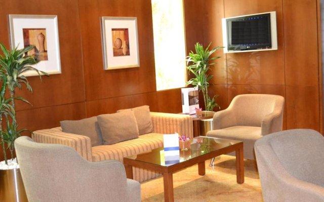 Al Rawda Arjaan by Rotana Hotel 2
