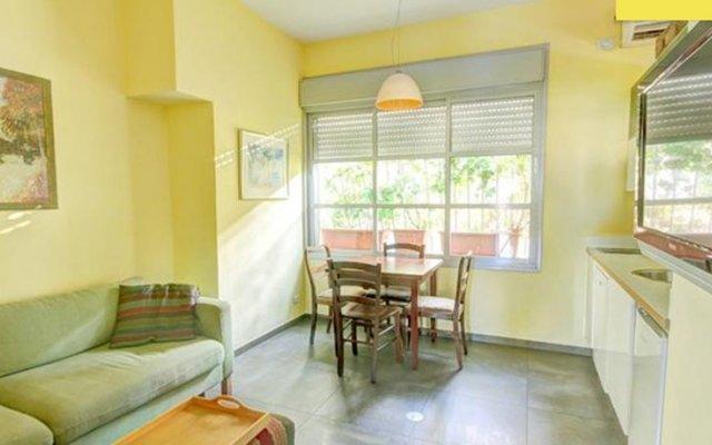 TLV Living Apartment Израиль, Тель-Авив - отзывы, цены и фото номеров - забронировать отель TLV Living Apartment онлайн комната для гостей