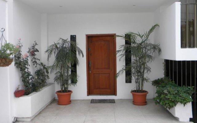 La Victoria Guest House