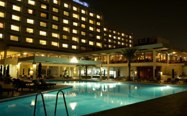 Отель Hilton Garden Inn Ras Al Khaimah бассейн