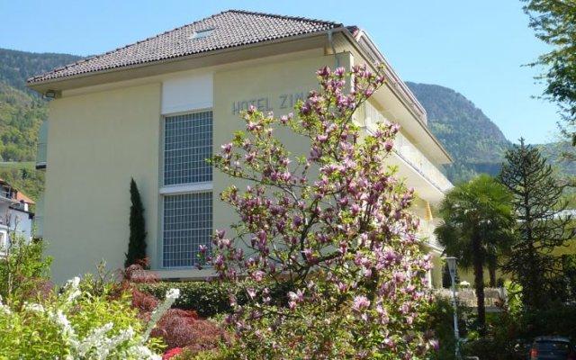 Hotel Zima Горнолыжный курорт Ортлер вид на фасад