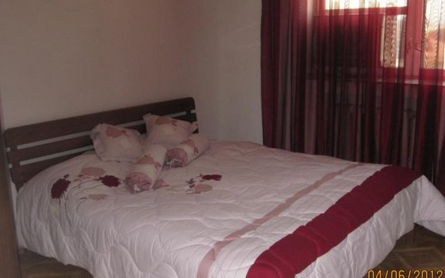 Centre of Yerevan Four Bedroom Villa