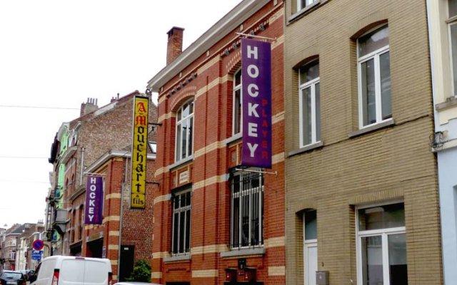 Отель Guesthouse Residence Iris Ixelles вид на фасад